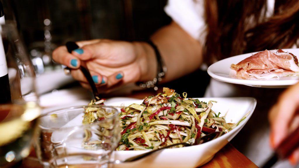Чем можно отравиться в ресторане