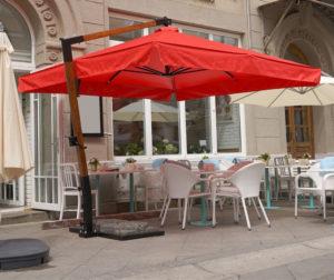 Зонт для открытой террасы